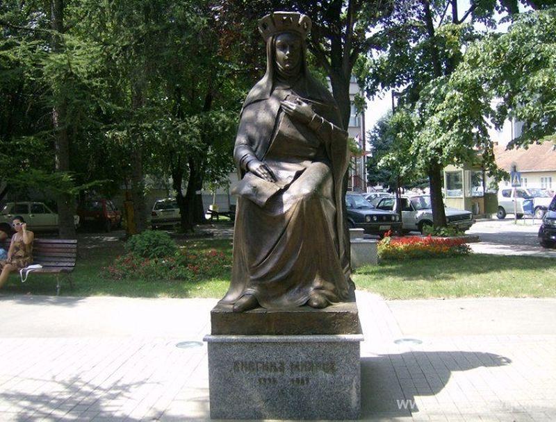 Kneginja Milica, spomenik u Jagodini